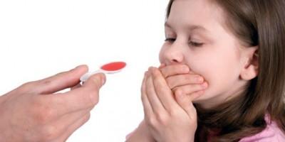 """Thuốc """"kích thích trẻ ăn ngon và tăng cân"""": Lợi bất cập hại"""
