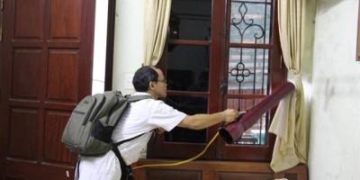 Bác sĩ chỉ cách diệt muỗi  bọ gậy nhà nào cũng phải làm để tránh sốt xuất huyết